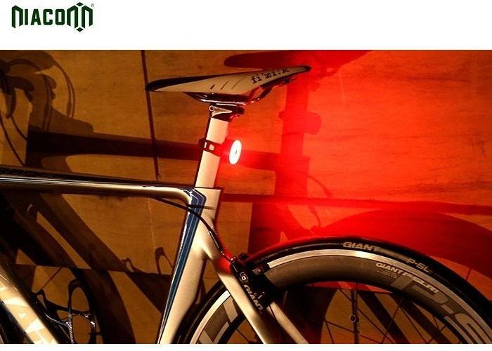 Waterproof Rear Bike Light , Rechargeable Bike Lights With Big Battery
